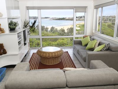 Sitting room to view