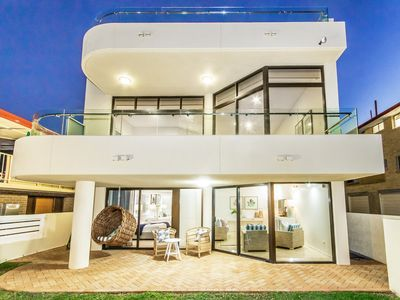 Welcome to Tallebudgera Beach House