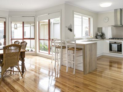FRIMMELL WAY PORTSEA - spacious luxury holidays