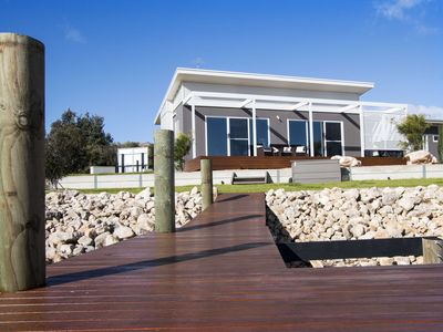Modern. Comfortable Holiday Home. On the water at Wellington Marina.