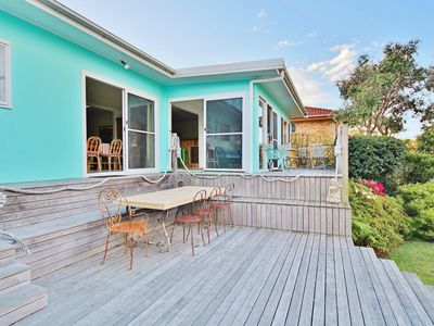 Tulip 42 - Gert by Sea at Hyams Beach - Pay for 2, Stay for 3 + 4pm Check Out Su