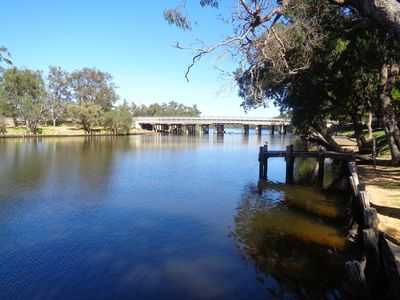 2 min walk to the sparkling Murray River