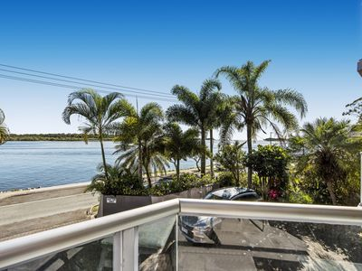 Noosa Moorings U2 - Stunning Noosa River views