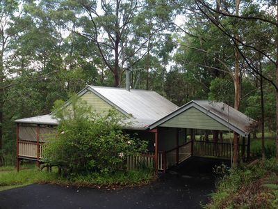 Kookaburra Cottage is secluded and overlooks park-like grounds and lily pond.