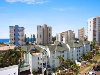 Bay Apartments unit 14 - Easy walk to Coolangatta and Tweed Heads