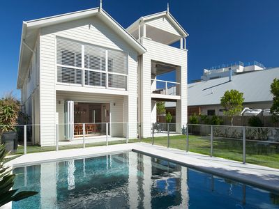Prestige Holiday Homes - Seaside Beach House