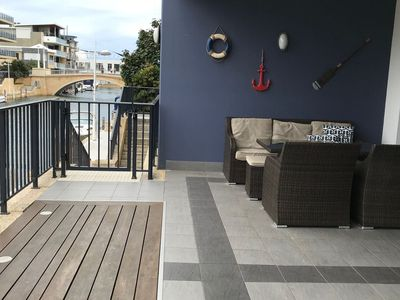 Spacious verandah for relaxing & a BBQ. Stunning views of the canals.