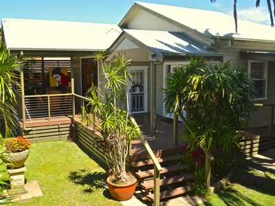 Macnicol Cottage , Tropical Oasis , Fully Fenced & Secure