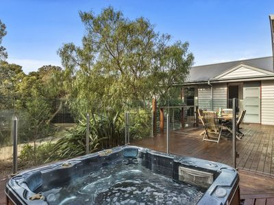 FIRST SETTLEMENT DRIVE SORRENTO - S405269137 NOW FOR SUMMER BEFORE YOU MISS OU