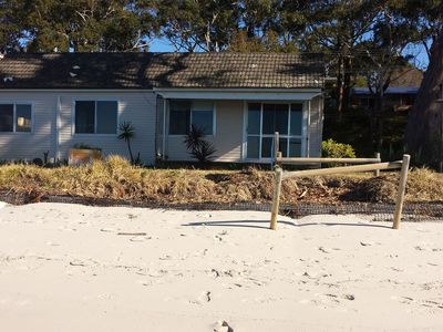 """The Beach Shack"" – absolute beachfront"