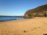 Killcare beach is patrolled with rock pool & cafes