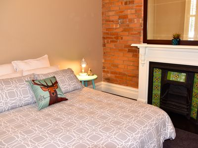 Two queen sized beds - sleeps 4 people