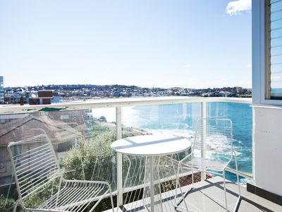 Sydney Bondi Beach front 2 bed BB24