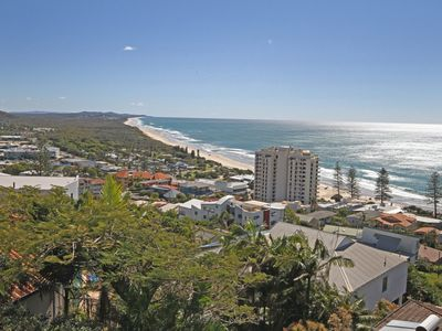 1 Grandview Drive, Coolum Beach, Linen included, 500 BOND