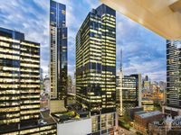 Melbourne Skyline views from your Private Balcony