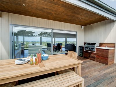Moonah Dunes Beach House - Breathtaking Views & Spa