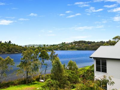 Superb tranquil waterfront location