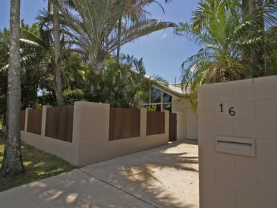 Marcoola Beach House - 16 Petrie Avenue Marcoola, Pet Friendly, 500 Bond