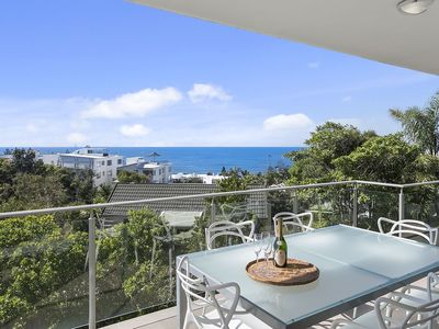 Elevated location with a great ocean view