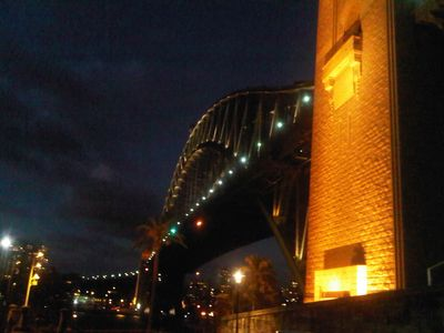 we are almost right under the Sydney Harbour Bridge... what a base :-