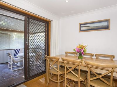 Relaxed Homely Retreat - 57 Carroll Ave Mollymook Beach