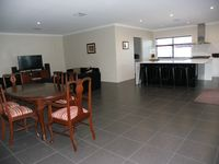 Open Plan Dinning, Lounge, Kitchen