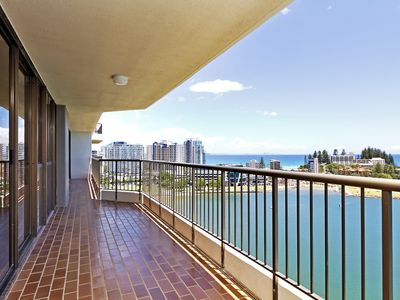 Seascape 1502 - Renovated throughout