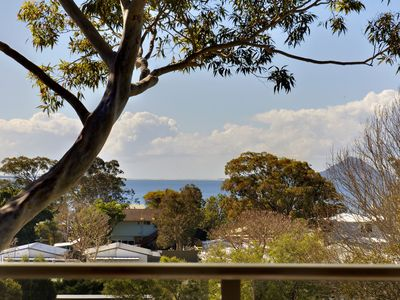 'Bellima Beach House', 9 Jackson Close - huge duplex with air con and fabulous v