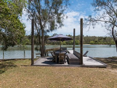 Noosa North Shore River Retreat