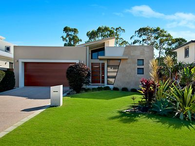 Luxury Contemporary Residence