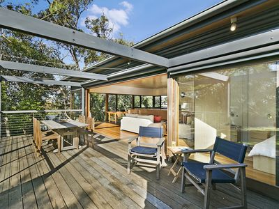Beach and Bush Retreat - Dog Friendly