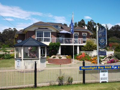 Moonlight Bay B&B Guest House