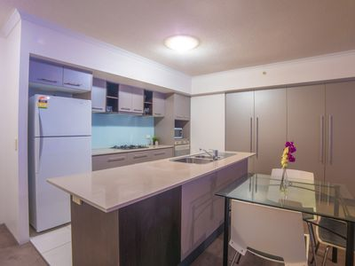 Fully equiped spacious kitchen with modern appliances