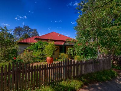 Welcome to Rushton Cottage - Benalla.