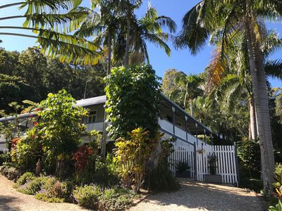 1905 Heritage Queenslander. Private parking and entire ground floor apartment.