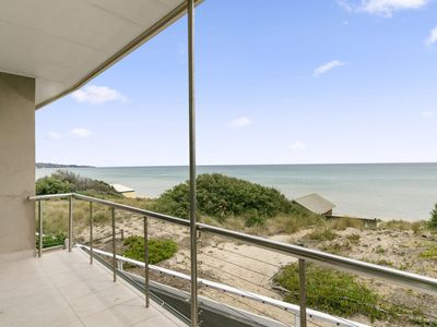ABSOLUTE BEACHFRONT - FRANKSTON