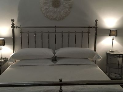 Martha Stewart king bed