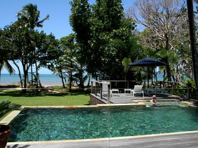 The Beach Cottage -Relax in the Swimming pool whilst viewing Dunk Island