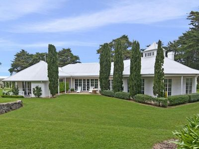 Longmeadow Estate - Luxury 10 acre property