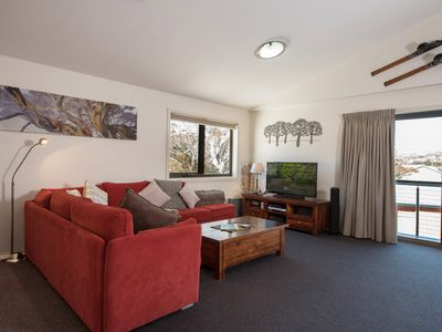 Heidis Chalet Apartment 8 - Luxury on snow accommodation at Smiggin Holes