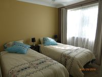 2 king single beds with optional zip link together