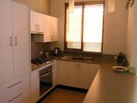Fully equipped kitchen with gas cooktop and electric oven (&stocked Pantry)