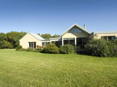 Kalimna Cottage - Small acreage close to Pt Leo Surf Club