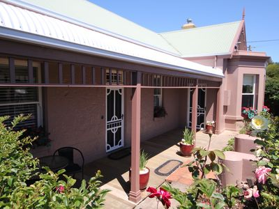 Girt By Sea Townhouse on Banyan - Sunny front Verandah