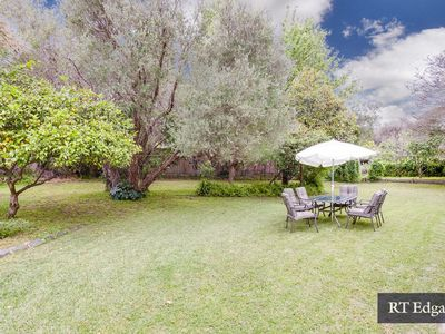 CHAR41 - Charles Cottage with Large Garden, Quiet Location
