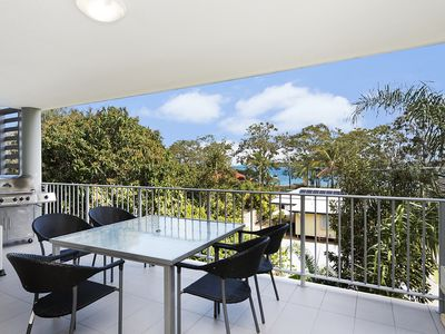 Huge Balcony with BBQ, Sun-Shades & Great Passage Views
