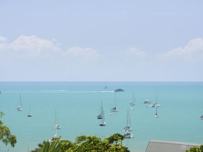 Airlie Harbour 3 Bedroom Apartment - Free WIFI - Airlie Beach Central