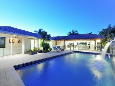 ISLE OF SERENITY - Surfers Paradise. Managed by Coastal Holiday Rentals