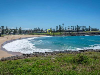 BLUE WAVES, Kiama - Pay for 2, stay for 3 + 2pm check out Sundays