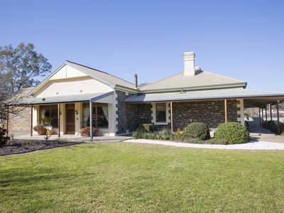 SINKINSON HOUSE in Mount Torrens